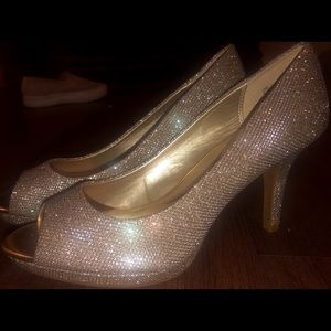 Bandolino Super Model High-heels